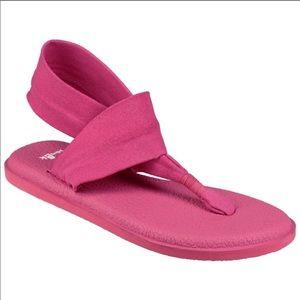 🔴 5 for $25 Sanuk Pink Yoga Sling Sandal